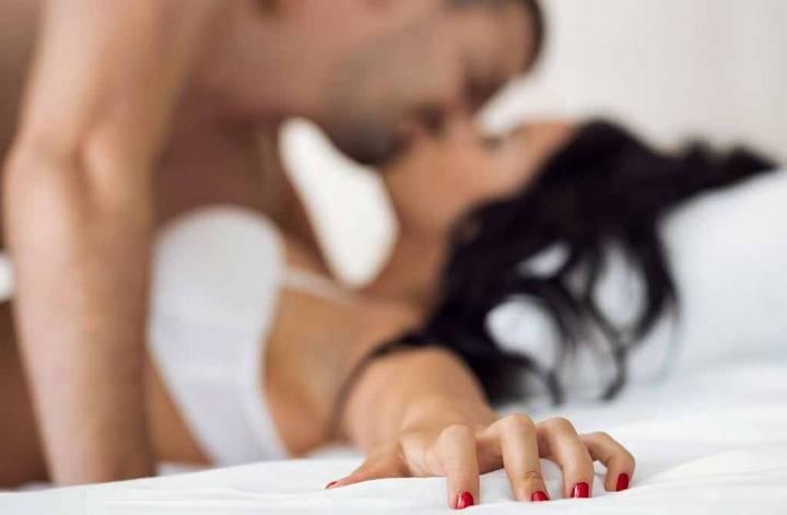 Беспорядочные интимные связи половых партнеров  297709