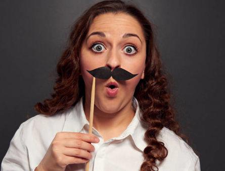 Почему появляется оволосение у женщин по мужскому типу или гирсутизм?