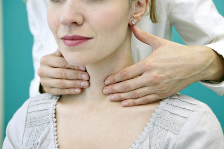 изо эхогенный узел щитовидной железы с гипоэхогенным ободком