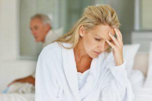 гипотиреоз симптомы у женщин в менопаузе лечение